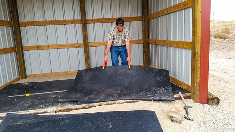Installing Rubber Stall Mats The Horse